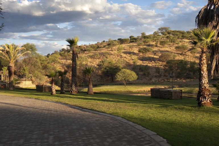 Sun Karros Daan Viljoen, Windhoek Rural