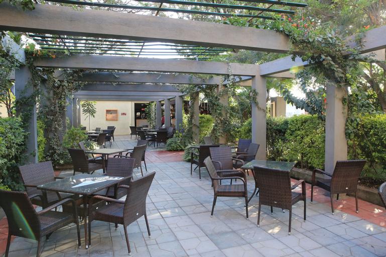 Haile Hotel Shashemene, Mirab Arsi