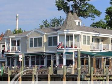Grand Harbor Inn, Knox