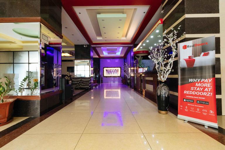 RedDoorz near Araneta Center Quezon City, Quezon City