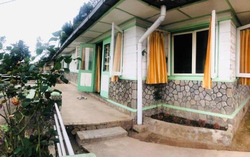 Villa Lutze Gundaling Berastagi, Karo