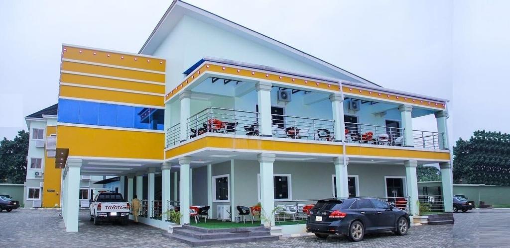 Exquisite Homes2 Hotel & Lounge, Ikpoba-Okha
