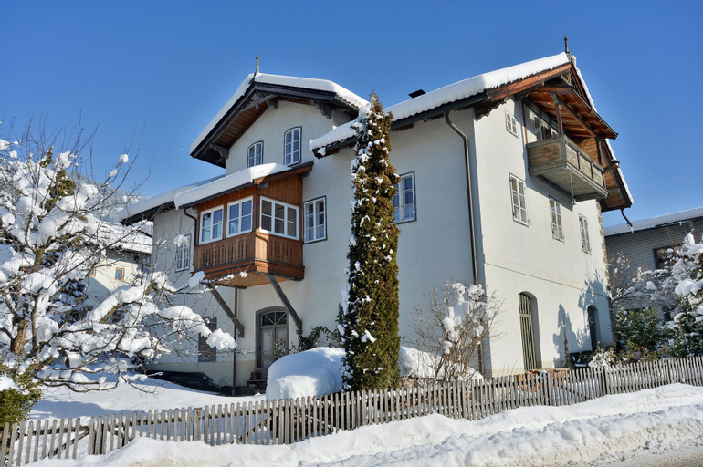 Alpine Homes - Haus Haggenmüller, Kitzbühel