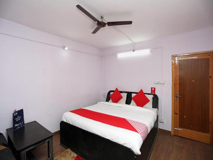 OYO 27053 Rl Dreamland, Udhampur