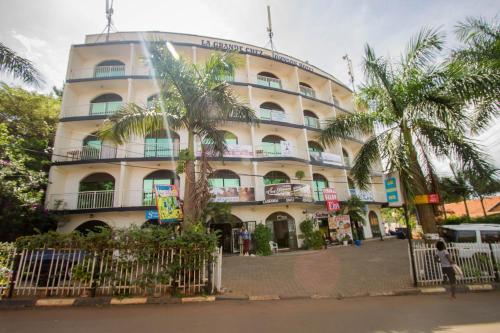 La Grand Chez Johnson Hotel Muyenga, Kampala