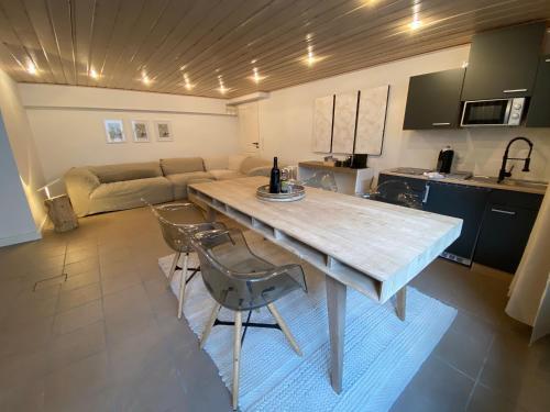 basement 77, Viersen