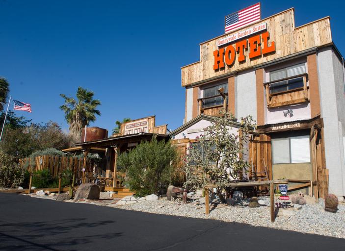 Sunnyvale Garden Suites Hotel 29 Palms at Joshua Tree National Park, San Bernardino