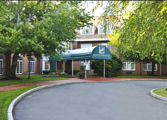 Avon Old Farms Hotel, Hartford