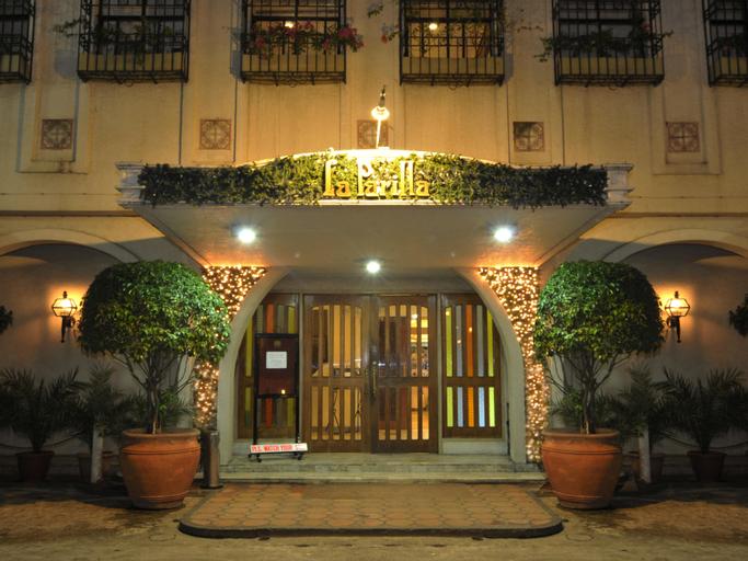 La Parilla Hotel, Cabanatuan City