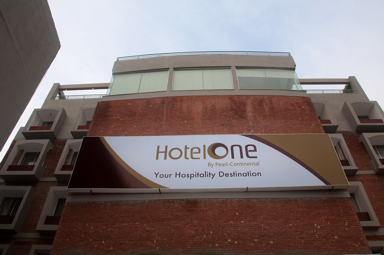 Hotel One Down Town., Lahore