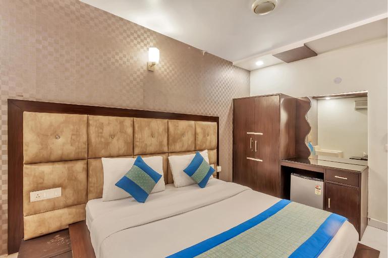 OYO 8902 Hotel Ronald Inn, Faridabad