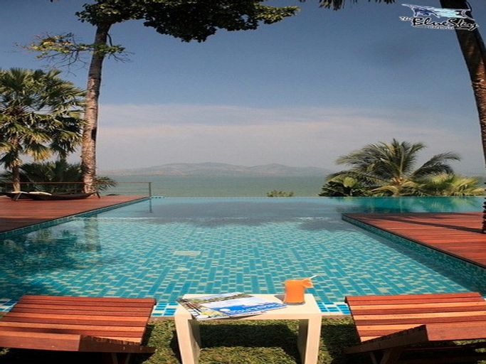 The Blue Sky Resort Ranong, Muang Ranong
