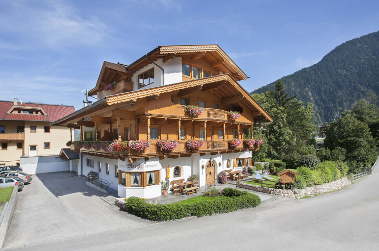 Hotel Pension Margit, Schwaz