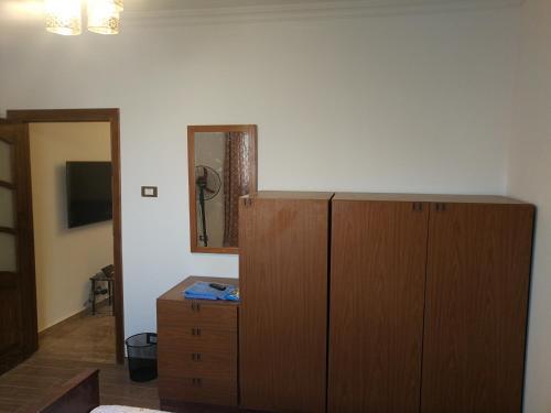 Three bedrooms apartment Nile view maadi, Al-Ma'adi