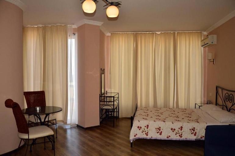 Argo Hotel, Ozurgeti