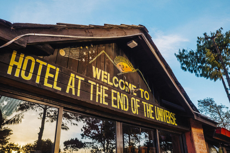 Hotel at the End of the Universe, Bagmati