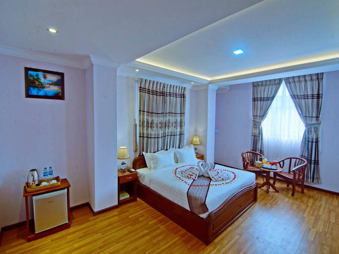 Hotel Iceland, Mandalay