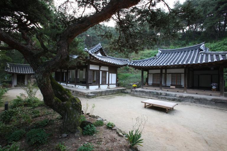 Okyeon pavilion, Andong