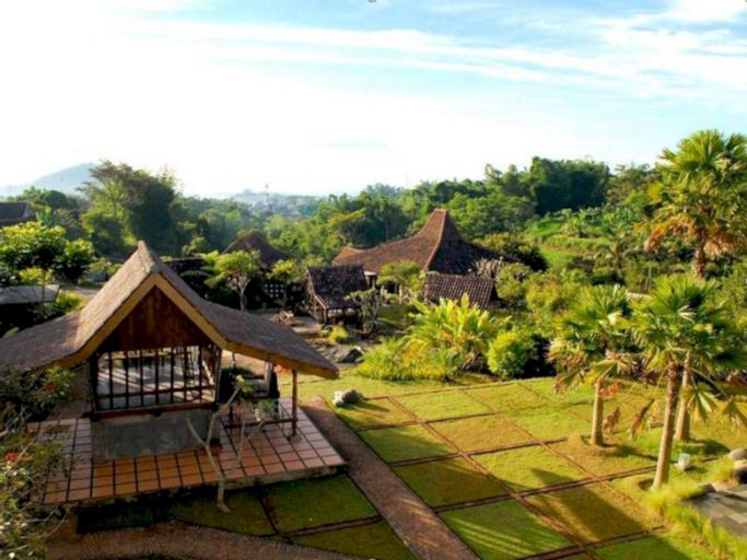 Hotel Kampung Lumbung, Malang