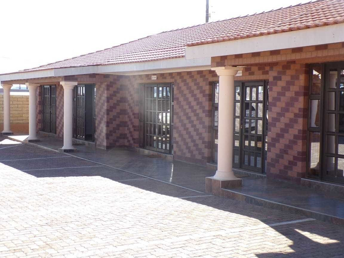 Joy Guesthouse Mabote,