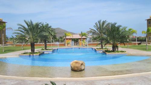 Villa La Blanquilla, Maneiro