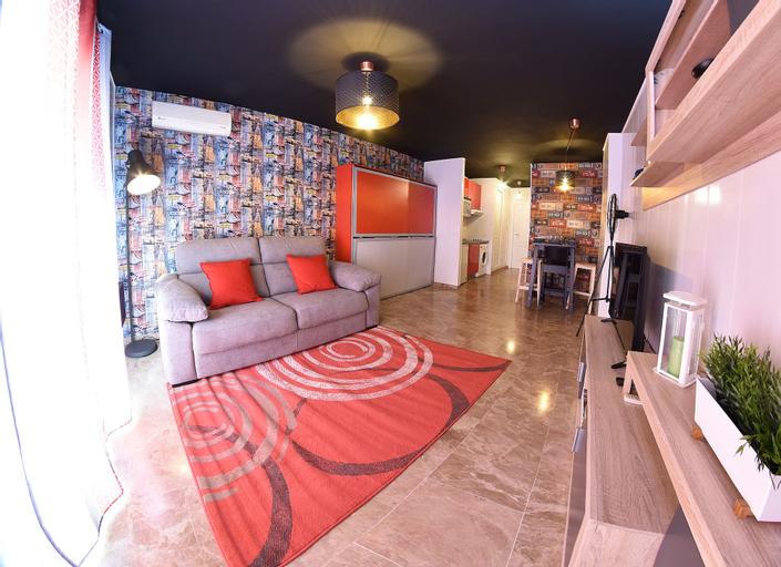 Apartamentos Zenplaya 14, Málaga