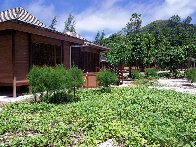 Heliconia Grove Villas,