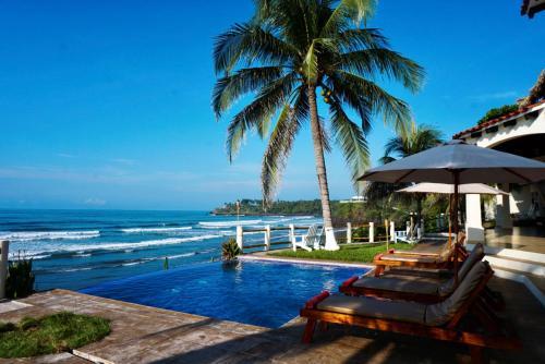 Vista Las Olas Surf Resort, Chirilagua