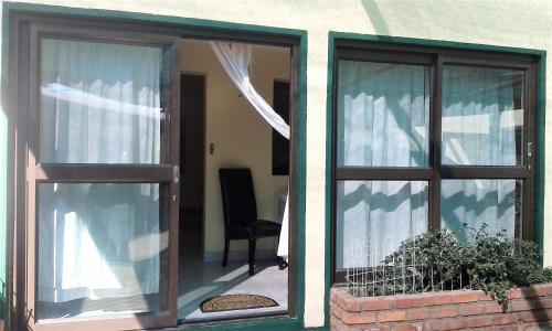 Pioneers Self-Catering, Windhoek West