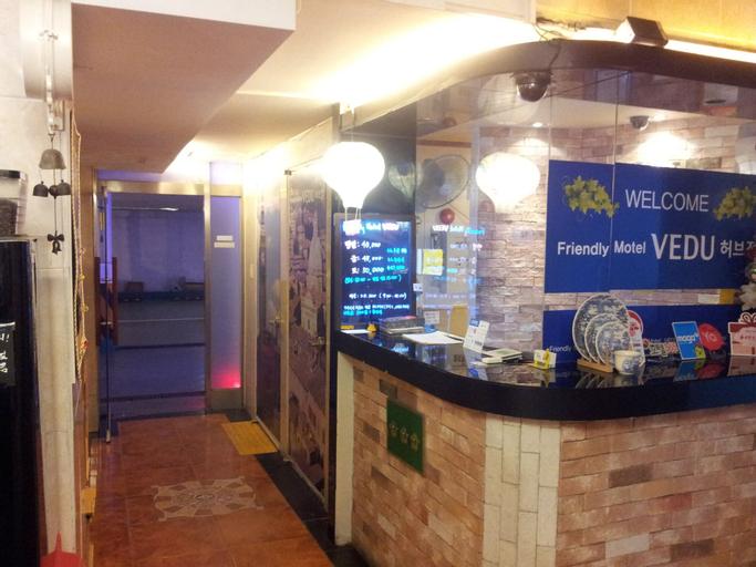 Hotel Vedu Juan Station, Nam
