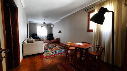 Dokki Roof Apartment, Ad-Duqi