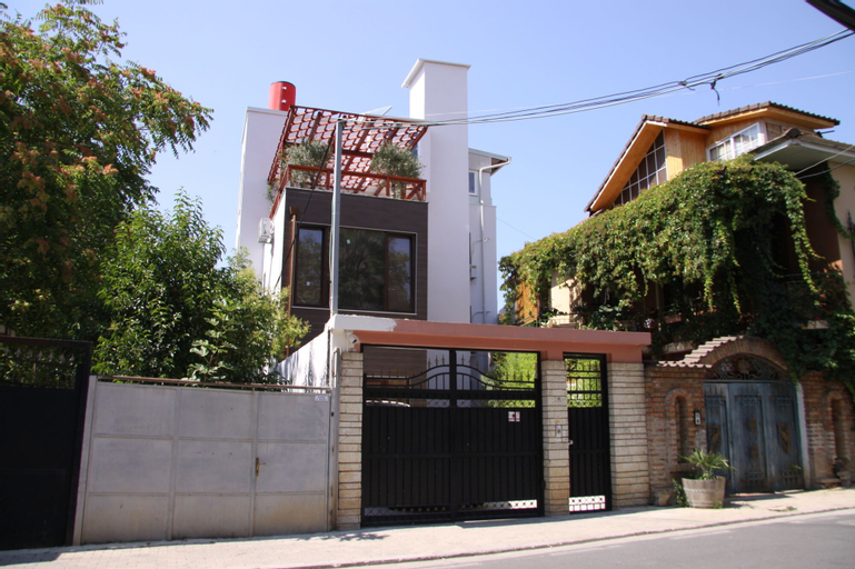 ART Hostel & Apartments, Tiranës