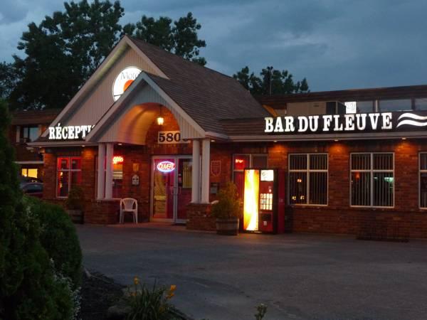 Motel Du Fleuve, Champlain