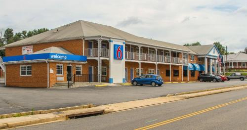 Motel 6-Falls Church, VA - Arlington Boulevard, Fairfax