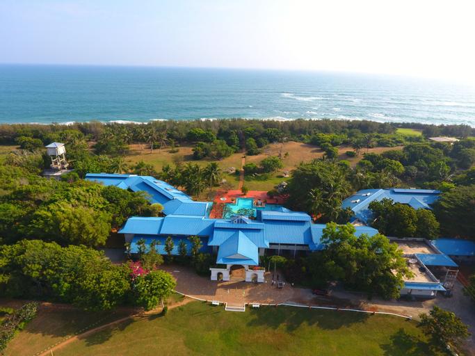 The Oasis Ayurveda Beach Resort, Hambantota