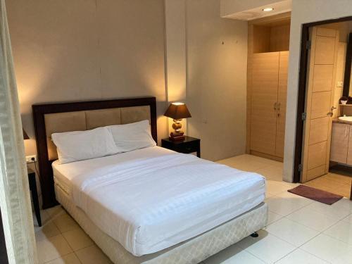 Cari 011 - Kusuma Kemang Suites, Jakarta Selatan