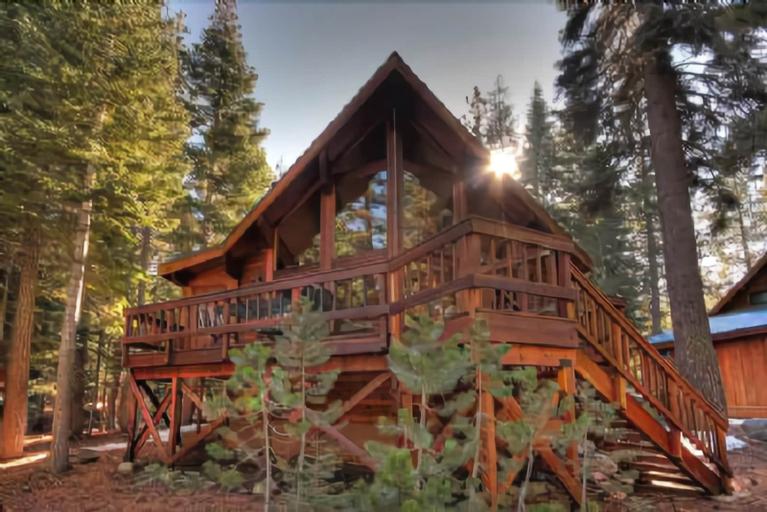 Fairway Family Cabin, Nevada