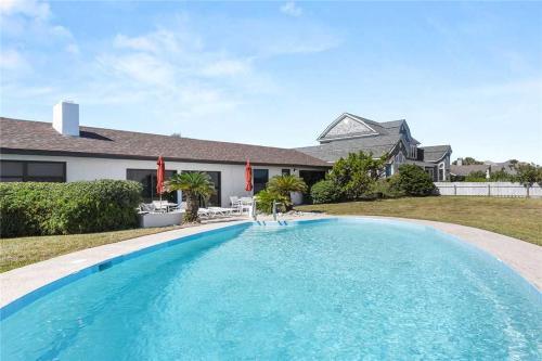 Ponte Vedra Blvd 725, 5 Bedrooms, BeachFront, Private Pool, Sleeps 10, Saint Johns