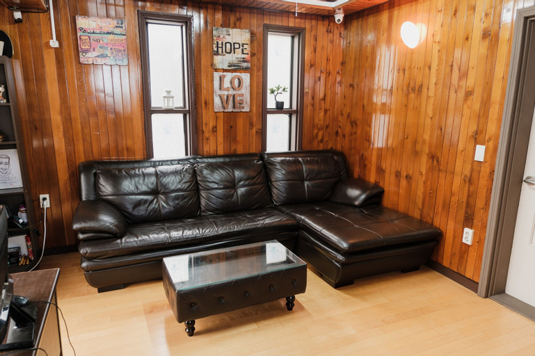 Chingu Guesthouse, Mapo