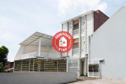 OYO 3350 Cozy Residence, Malang