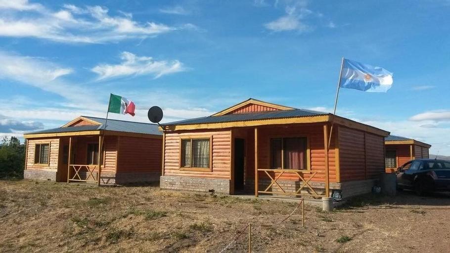 Cabañas Palo Blanco, Tehuelches