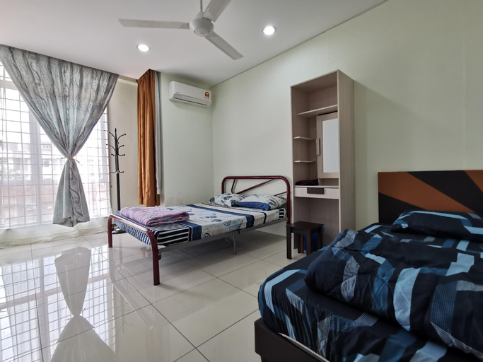Whale House | Dataran Segar (Up to 13 pax ), Port Dickson