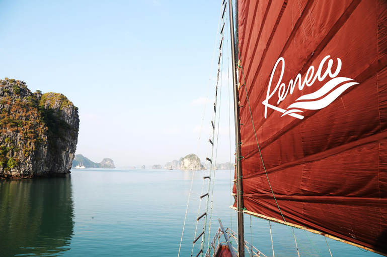 Renea Cruises Halong, Hạ Long