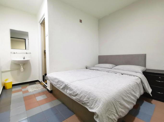 Private Bedroom I 3A Perindustrian Lukut Indah, Port Dickson