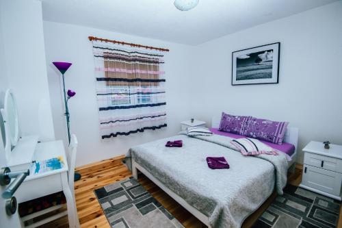 Lux Apartment,