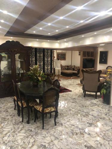 Laola'a luxury apart. Mohandesin, Al-'Ajuzah