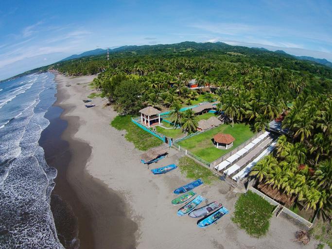 Azul Surf Club, Chirilagua