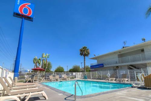 Motel 6 San Bernardino South, San Bernardino