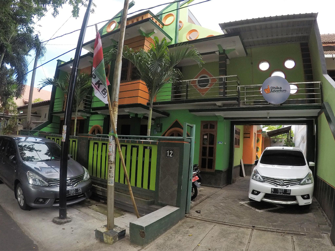 Dhika Adventure - Hostel & Travel, Probolinggo