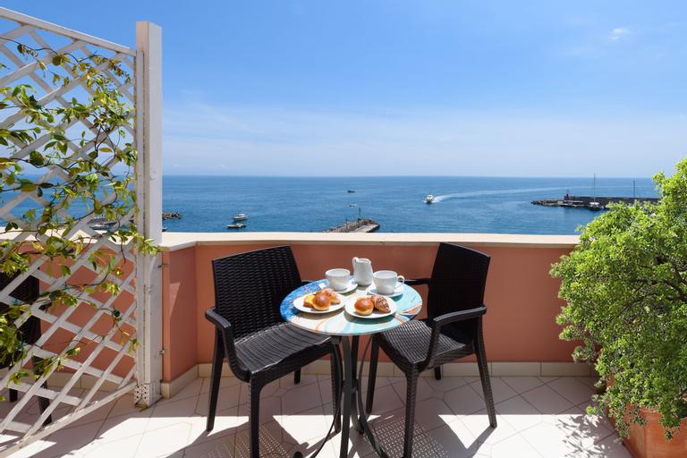 Vista D'Amalfi, Salerno